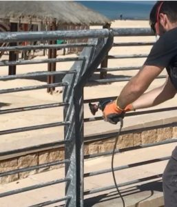 כיצד צובעים ברזל ומה זה ניקוי חול