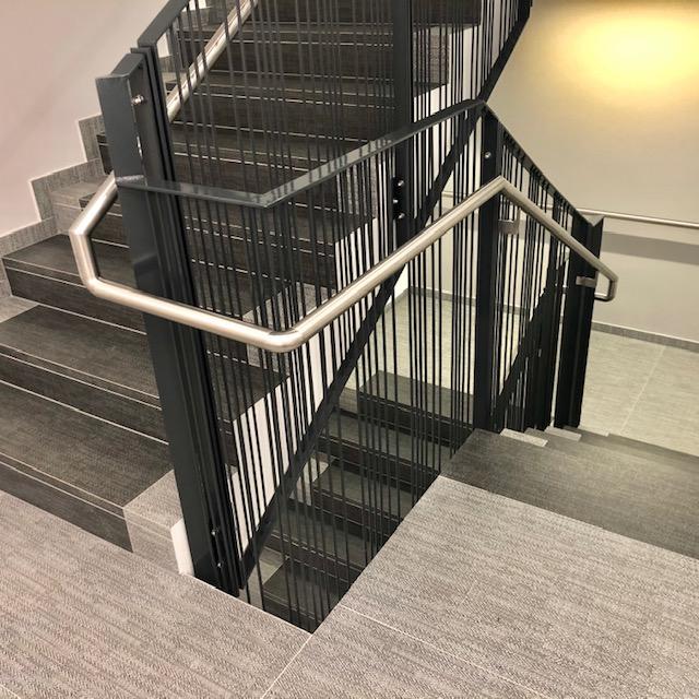 מעקה לחדר מדרגות