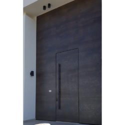 דלתות כניסה דלתות ביטחון אביזרים לדלתות